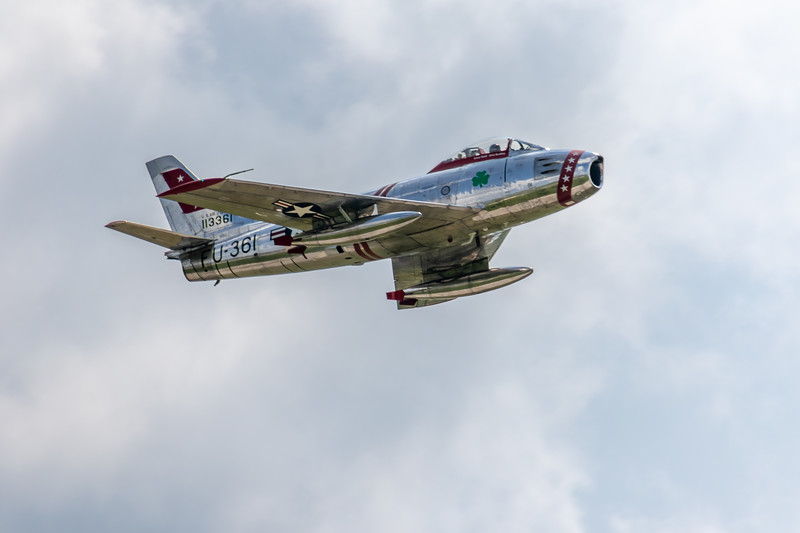 F 86 in flight -3031.jpg