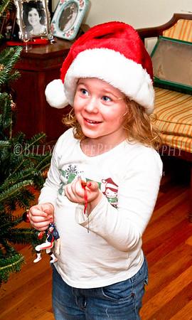 Family Christmas Tree - 05 Dec 09