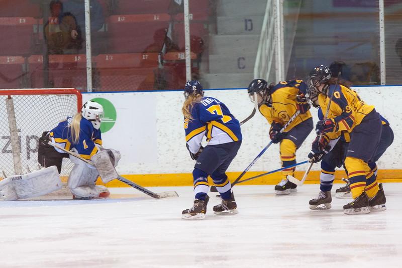 20130310 QWHockeyvsUBC 165.jpg