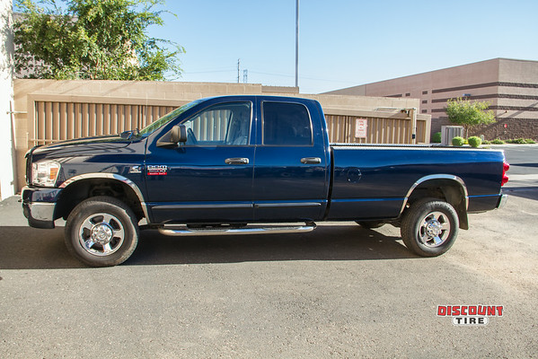 07 Dodge 350 crew cab 4 wheel drive