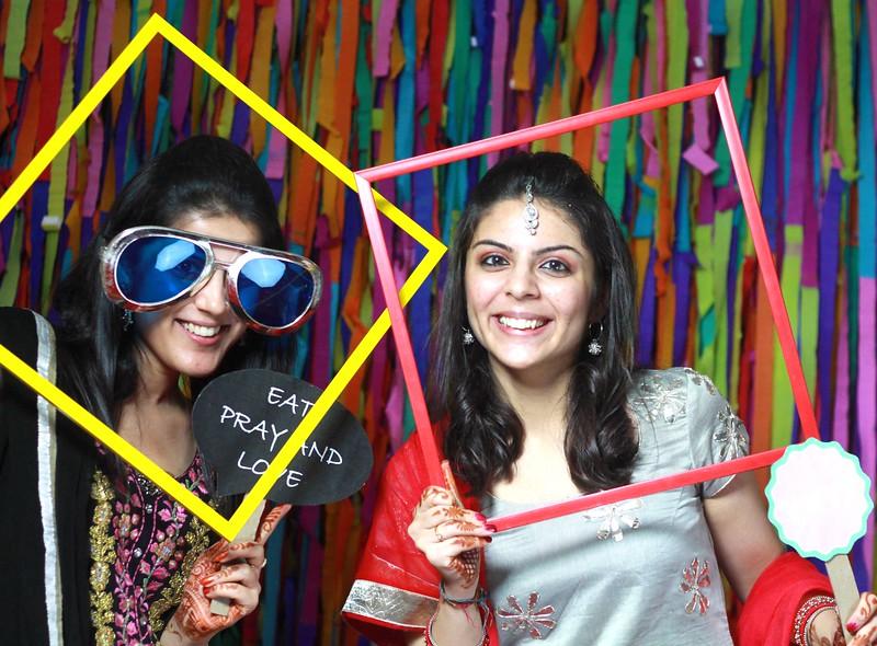 girls_at_photobooth.jpg