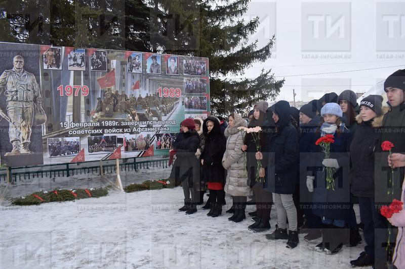 Митинг, посвященный 30-летию вывода войск из Афганистана. автор: Лиза Нурлыева»