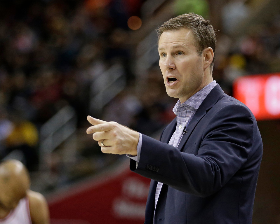 . Chicago Bulls head coach Fred Hoiberg talks to players in the first half of an NBA basketball game against the Cleveland Cavaliers, Wednesday, Jan. 4, 2017, in Cleveland. The Bulls won 106-94. (AP Photo/Tony Dejak)
