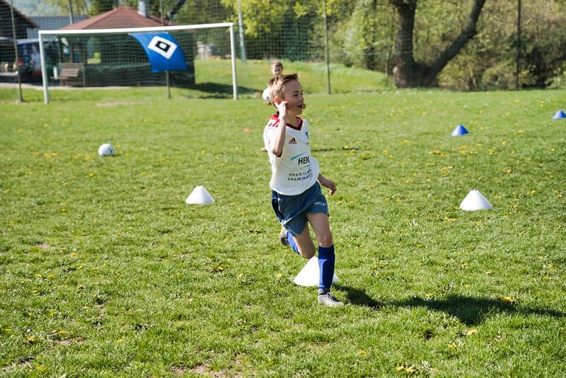 hsv-fussballschule---wochendendcamp-hannm-am-22-und-23042019-y-6_40764458043_o.jpg