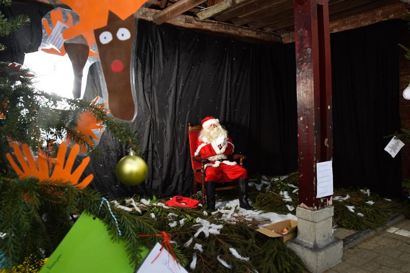 Kerstmarkt Ginderbuiten-8.jpg
