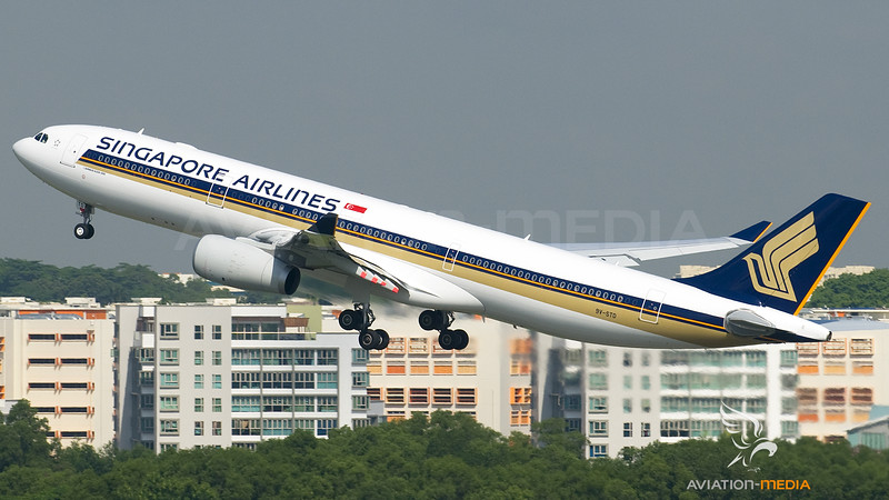 Singapore Airlines Airbus A330-300 9V-STD
