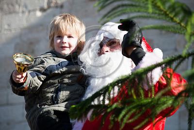 20121223 Municipal Santa Claus distributes Christmas trees at the Jaffa Gate