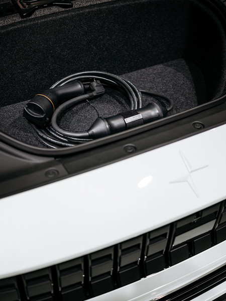Charger of the Polestar 2 - Samuel Zeller for the New York Times