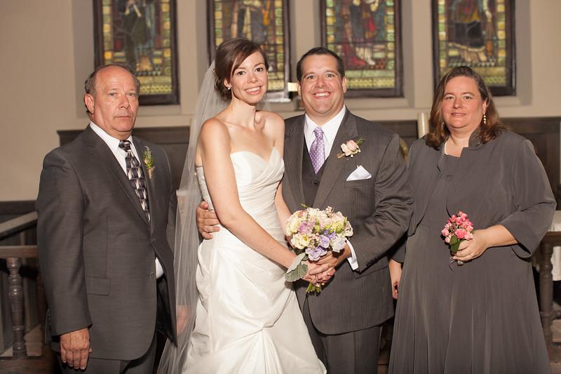 weddingphotographers390-2128392285-O.jpg