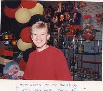7-18-1993 Ted Conn @ Mr. Bulky North Park Mall, Joplin