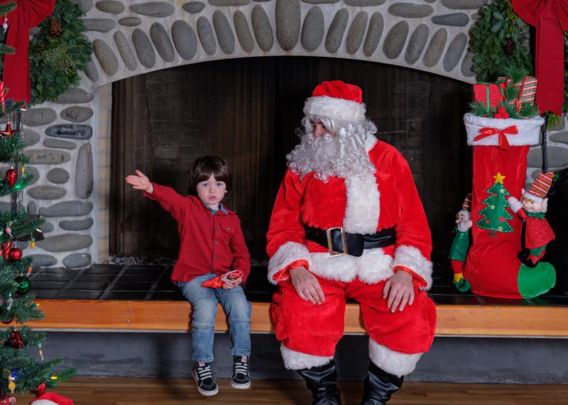 CB Santa 2019-7753.jpg