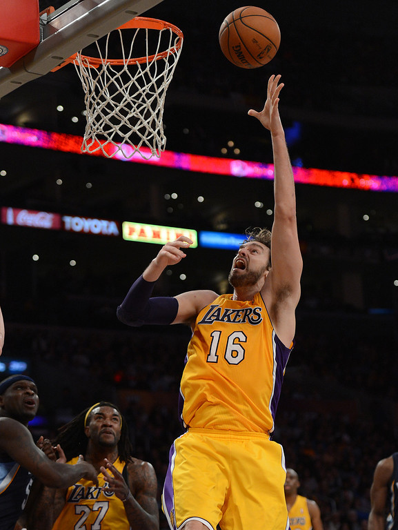 . The Lakers� Pau Gasol #16 shoots during their game against the Grizzlies at the Staples Center in Los Angeles Friday, November 15, 2013. (Photo by Hans Gutknecht/Los Angeles Daily News)