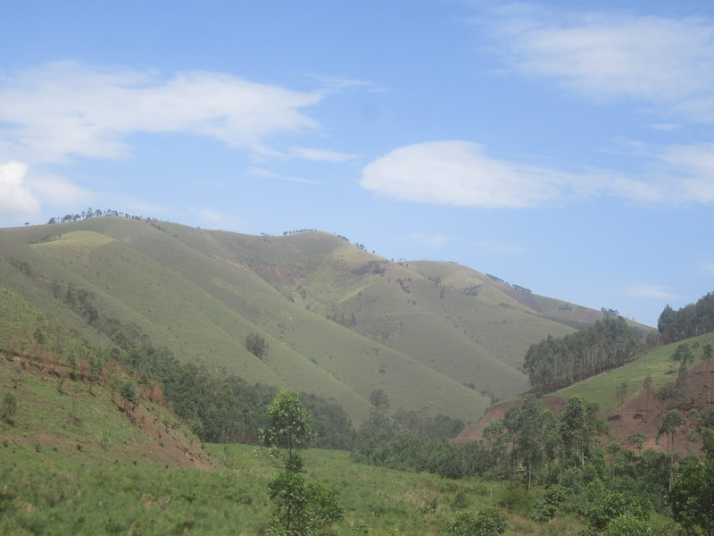 018_From Lake Bunyonyi to Queen Élisabeth National Park.JPG