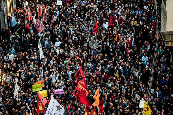 2015-10-10 Deadly blasts in Turkey during peace rally