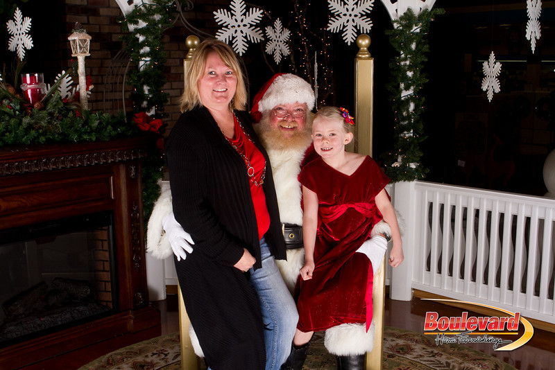 Santa Dec 15-196.jpg