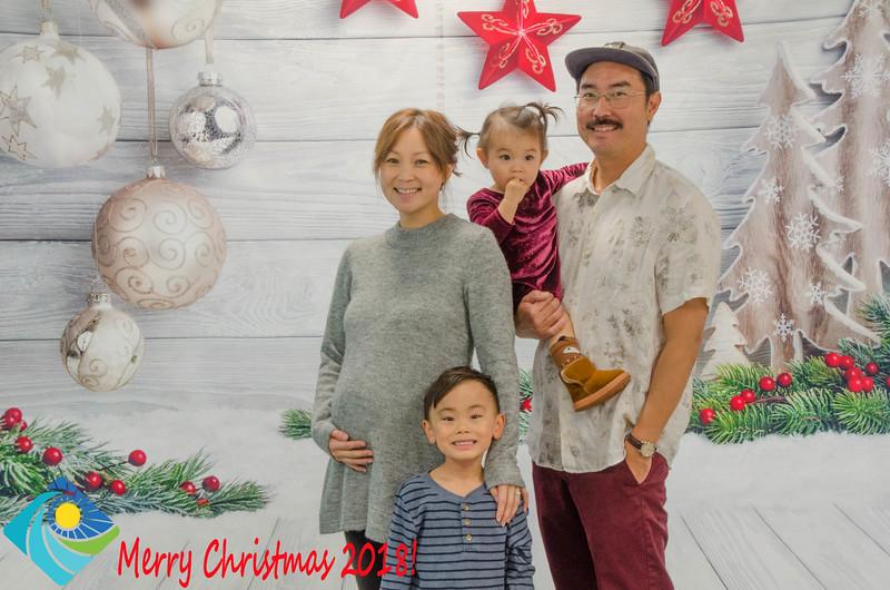 Christmas Photobooth 2018 Sunday-121.jpg