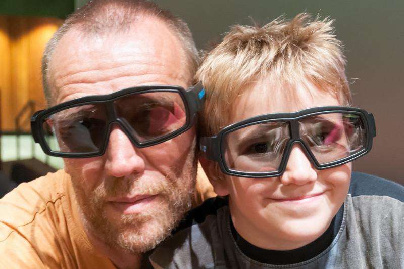 Im Science Museum sahen wir einen 3D Film. Dafür brauchte man riesengrosse Brillen.