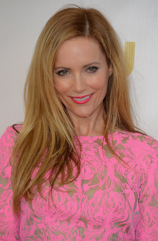 . Actress Leslie Mann arrives at the 18th Annual Critics\' Choice Movie Awards at Barker Hangar on January 10, 2013 in Santa Monica, California.  (Photo by Frazer Harrison/Getty Images)
