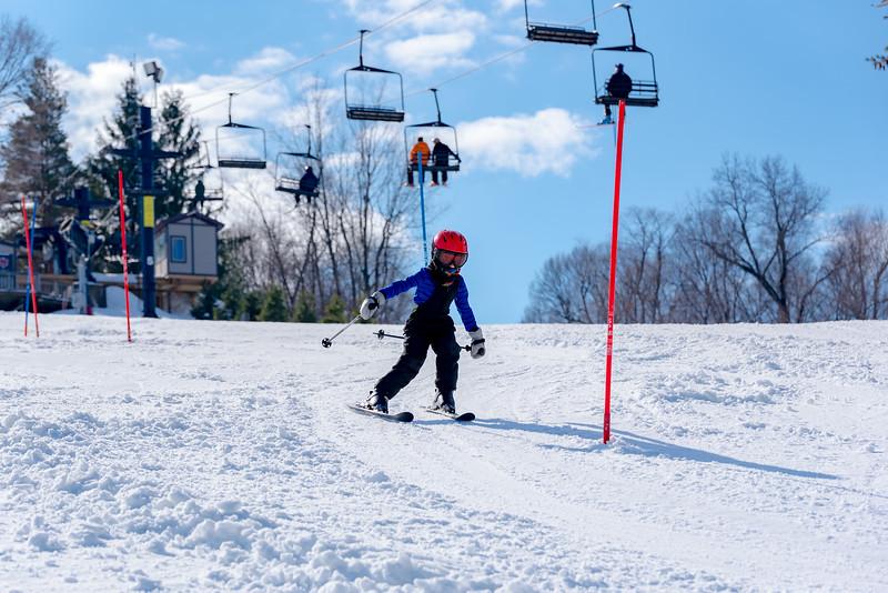 Standard-Race_2-3-18_Snow-Trails-73415.jpg