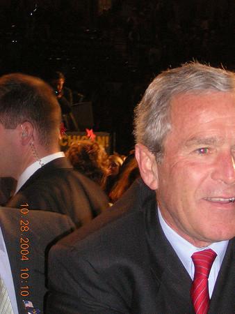 041027 Saginaw MI Bush Presidential Rally