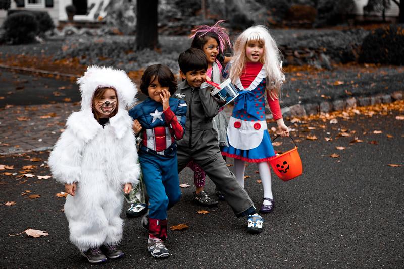 five go mad on hallowe'en.jpg