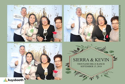 SIerra + Kevin - Photo Booth
