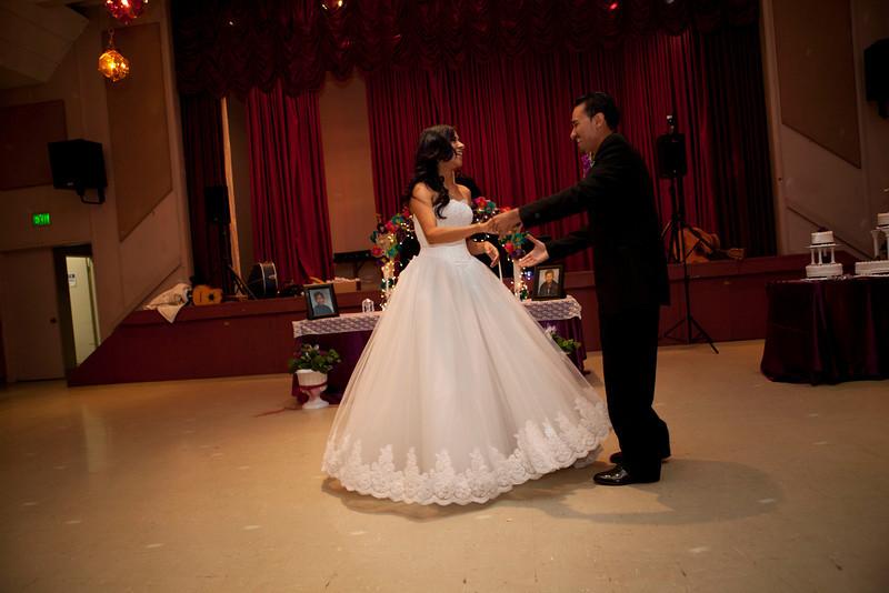 2011-11-11-Servante-Wedding-352.JPG
