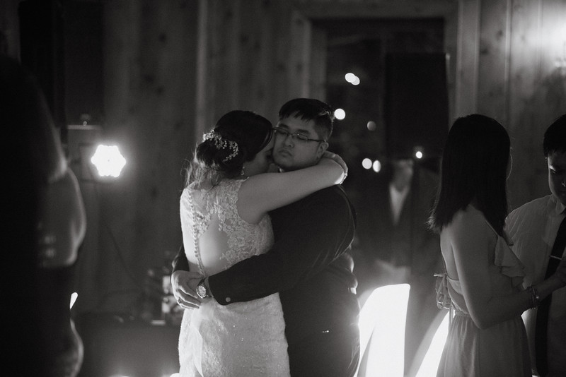 Kaitlin_and_Linden_Wedding_Reception-310.jpg