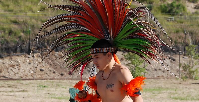 EarthDayLatino_AztecCeremony_2011--04-15_21.JPG