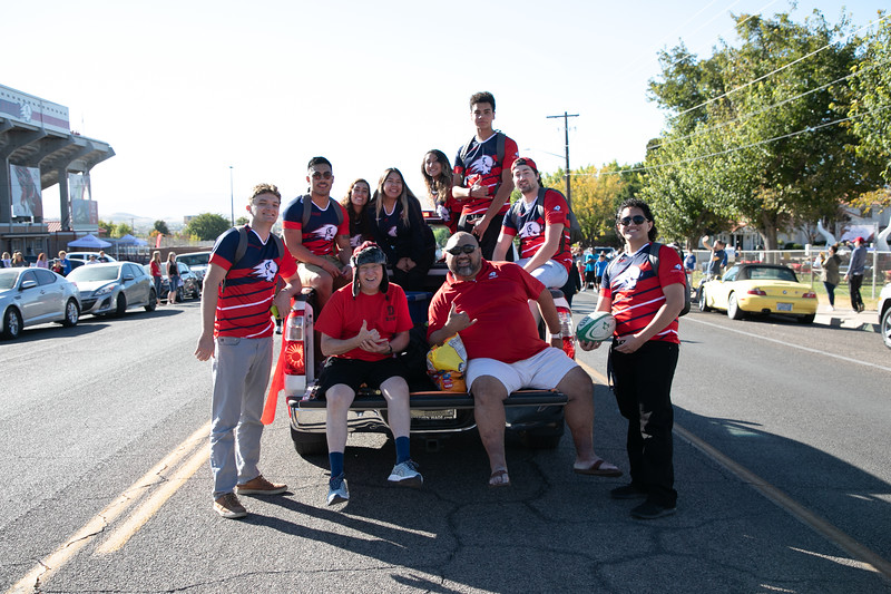 HOMECOMING PARADE 2019-2228.jpg