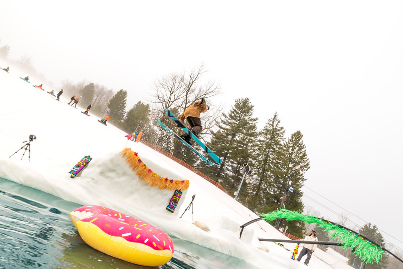 Pool-Party-Jam-2015_Snow-Trails-638.jpg