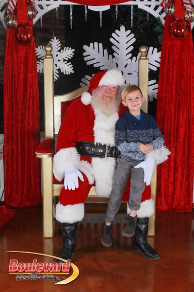 Santa 12-17-16-283.jpg