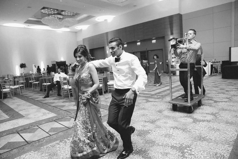 Le Cape Weddings - Karthik and Megan BW-123.jpg