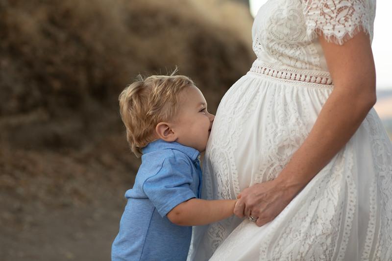 Dottie Maternity-36.jpg
