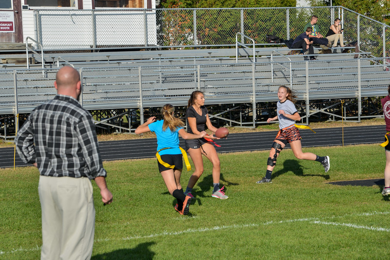 2016_Fall_Powderpuff_Football-12.jpg