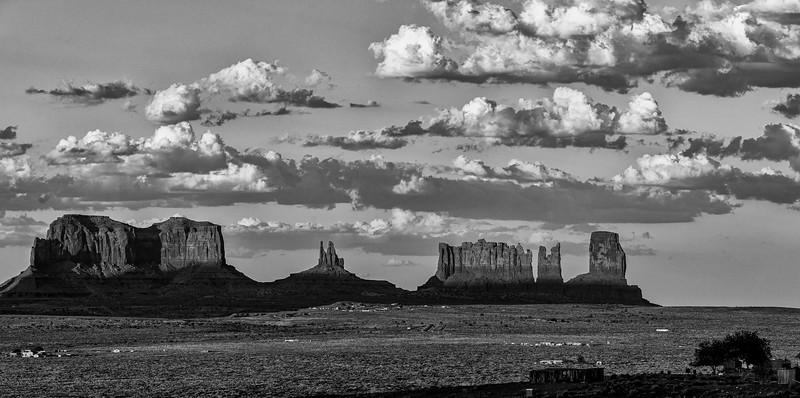 20180805_Monument Valley_EEG03060-Pano-Edit.jpg