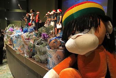 Buckets of Joy! Catholic Charities and Aloha United Way