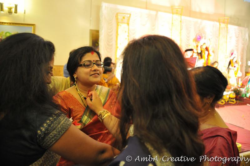 2013-10-13_DurgaPuja_Navami@KallolNJ_45.jpg