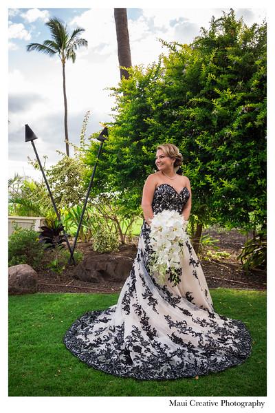 Maui-Creative-Destination-Wedding-0147.jpg