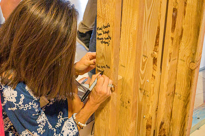 2019-09-29 Signing The Walls at TWUMC