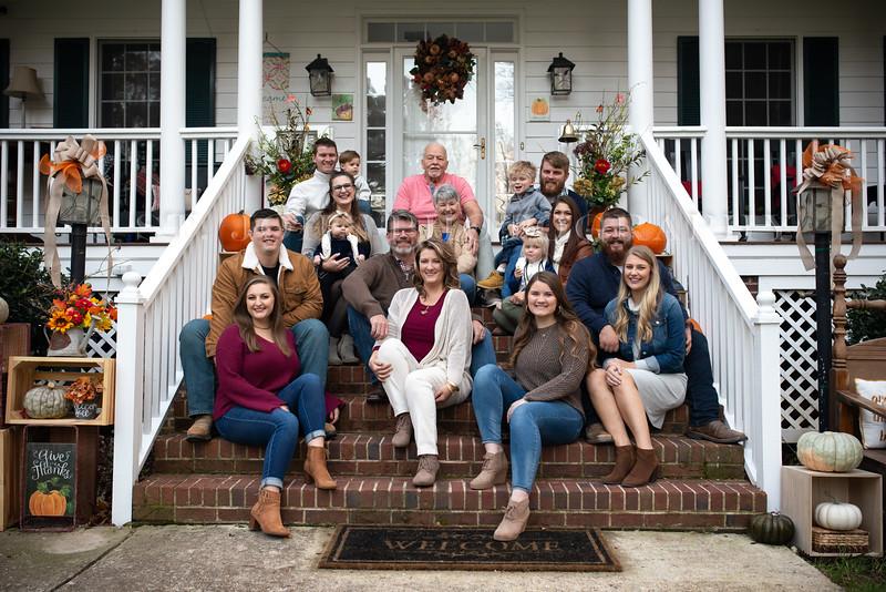 2019 November Ellis Family-49-254.jpg