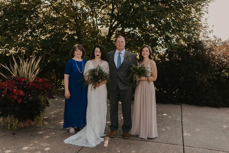 Bride Family Portraits-13.jpg