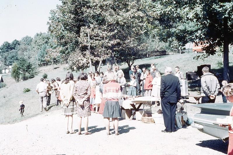 1966 - Mt. Washington S.S. Picnic.jpg