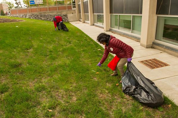 10/13/16 UUP Campus Clean Up