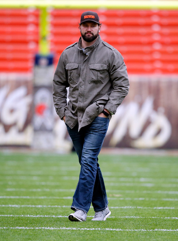. Cleveland Browns tackle Joe Thomas walks on the field before an NFL football game between the Jacksonville Jaguars and the Cleveland Browns, Sunday, Nov. 19, 2017, in Cleveland. (AP Photo/Ron Schwane)