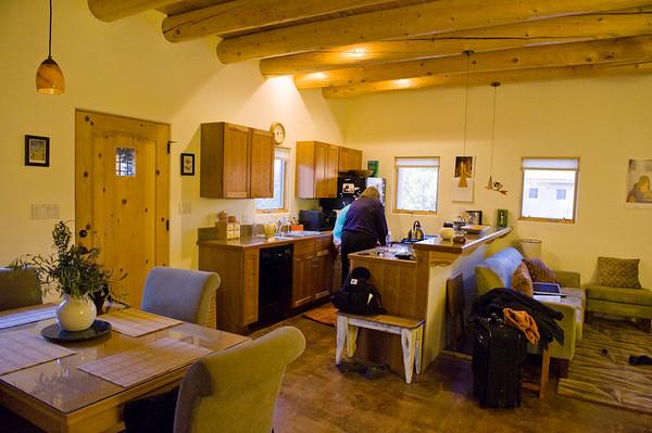 2010-04-15 Taos