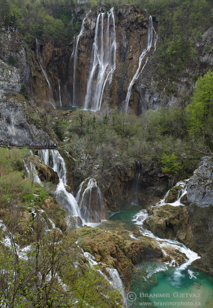 Big Waterfall (Veliki Slap). Plitvice Lakes National Park, Croatia
