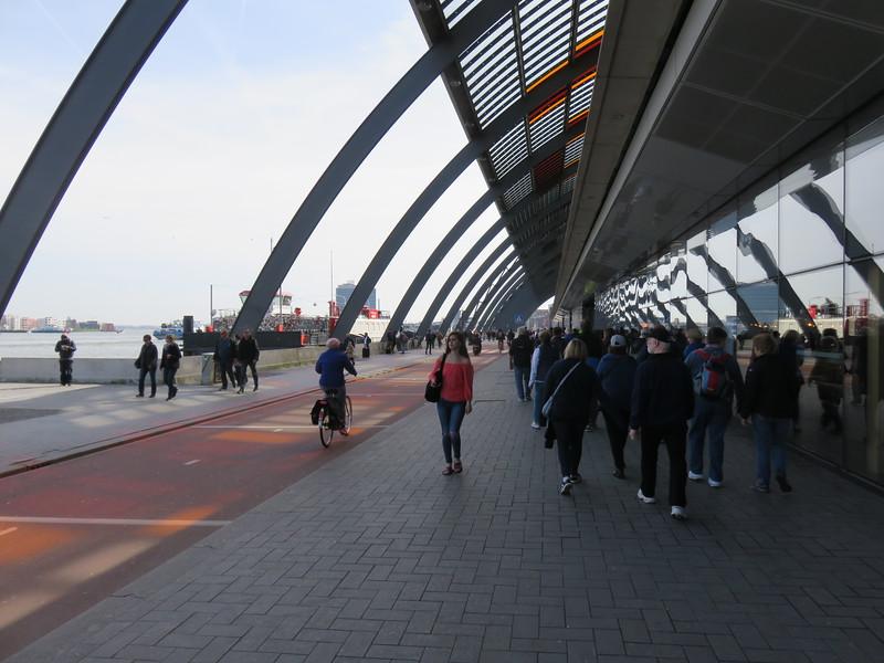 2018.04.07.8 Central Transit station.JPG