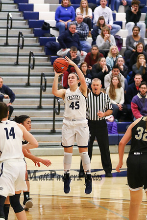 2018-11-25 UNH Women's Basketball vs Bryant College