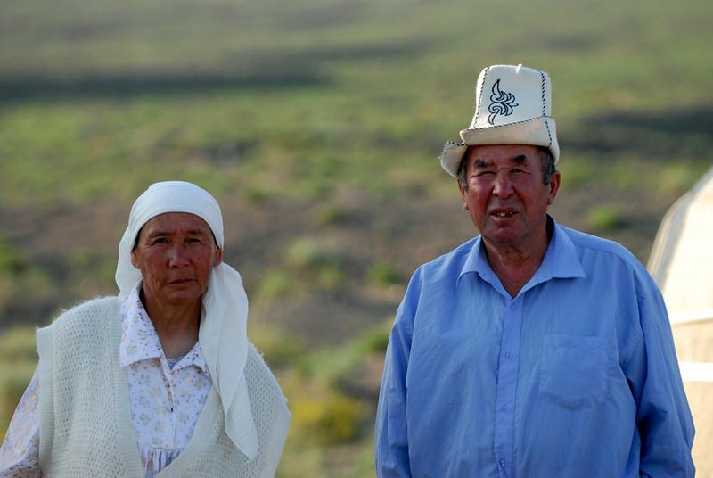 060723 2244 Kyrgystan - Lake Issuk-Kul - Drive from Airport _D _E _I ~E ~L.JPG